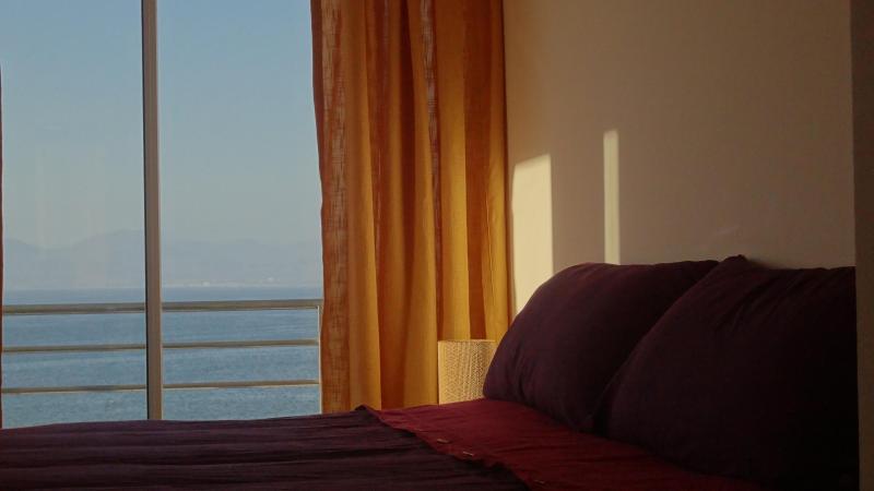 Dormitorio Suite, con vista a la bahía. - Disfruta de La Serena todo el año. - La Serena - rentals