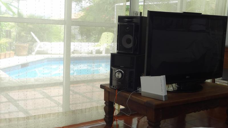Living Room - Beautiful country house  warm pool near golf green ancient churchs, pyramids  ruins - Morelos - rentals