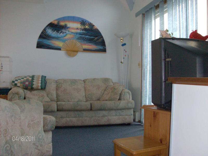 Livingroom - Seaside Getaway - Short Walk to Beach & Fun - Seaside Heights - rentals