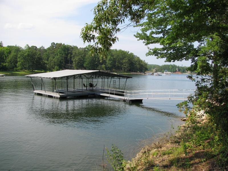 deep water dock - Lewis Smith Lake, Holly View,  lake side house - Jasper - rentals
