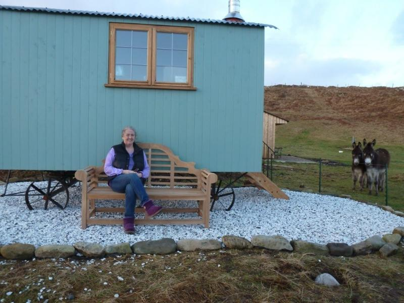 Bothan Buidheag, and your host, Janet - Skye Shepherd Huts BOTHAN BUIDHEAG - dogs welcome - Broadford - rentals