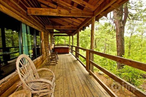 Spacious Porch with Rockers and Jacuzzi - Townsend Cabin #2, Pine Mountain - Townsend - rentals