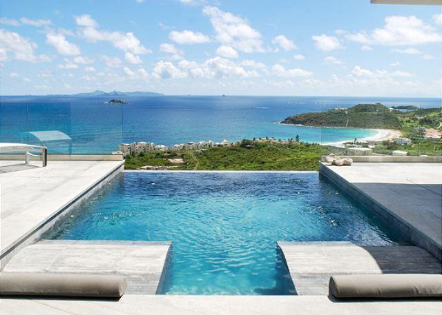 Wonderful infinity edge pool - Crystal: Chic & modern villa with amazing oceanviews | Island Properties - Saint Martin-Sint Maarten - rentals