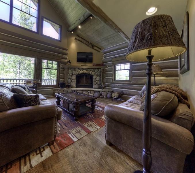 Big Sky Resort | Powder Ridge Cabin 3 Manitou - Image 1 - Big Sky - rentals