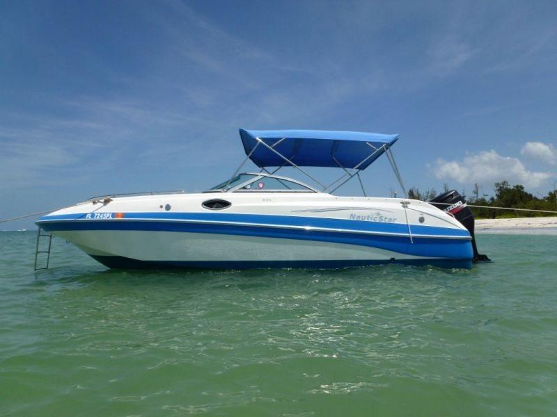 BOAT NAUTIC STAR Deck Boat DC230, Suzuki 200 HP 4 Stroke Engine - Image 1 - Cape Coral - rentals