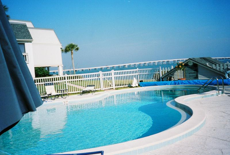 Pool #1 - WINTERS FULL. TIME TO THINK SPRING AND SUMMER - Sanibel Island - rentals