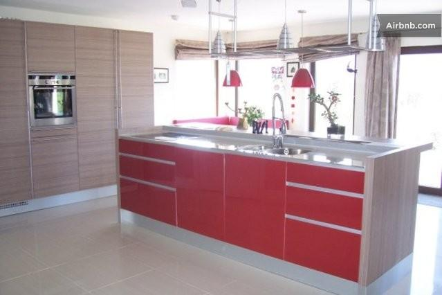 kitchen - Modern 4 bedroom house - Killarney - rentals