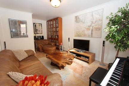 Nice apartment with balcony in central Stockholm - 2636 - Image 1 - Stockholm - rentals