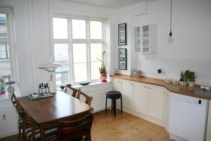 Cosy and Stylish Apartment in Charming Vesterbro - 3260 - Image 1 - Copenhagen - rentals