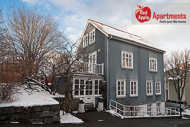 Artistic Apartment in the Heart of Reykjavik - 78 - Image 1 - Reykjavik - rentals