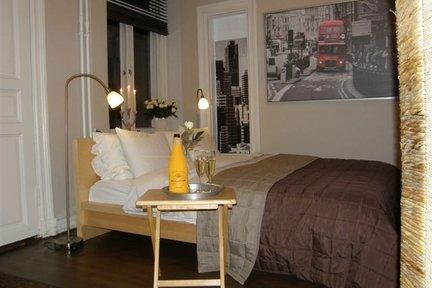 Great 1 Bedroom Apartment in Kamppi - Image 1 - Helsinki - rentals
