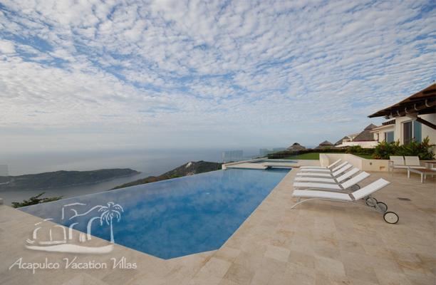 ACA - NSUE7-Modern Luxury, 7 bdrm, spa facilities & spectacular ocean views - Image 1 - Acapulco - rentals