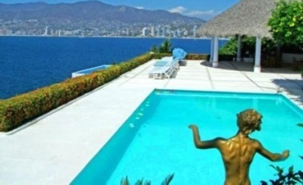 ACA - VLH15   Coastal comforts, chic lifestyle. beautiful views, ocean front estate. - Image 1 - Acapulco - rentals