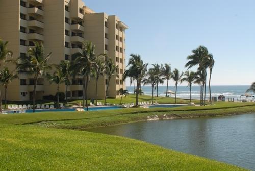 ACA - Condo CTOR72 Beach front & Exclusive location in Acapulco Diamante - Image 1 - Acapulco - rentals