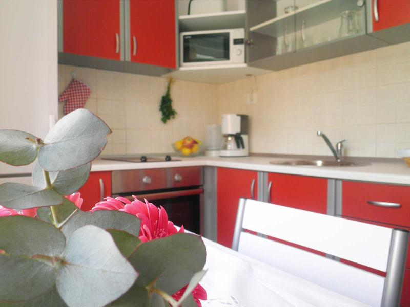 The kitchen - Smokvica - town center near beach and activities - Omis - rentals