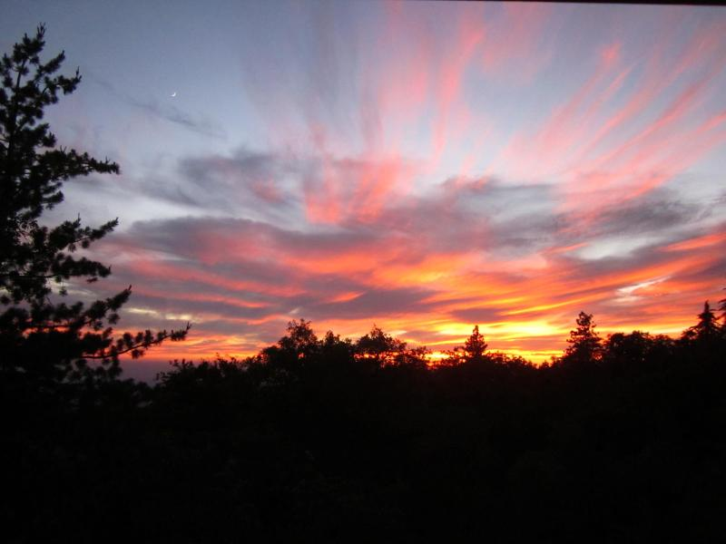 Sunset Views from Living Room & Deck - Paradise Pines Retreat, Sunsets and Valley Views - Idyllwild - rentals