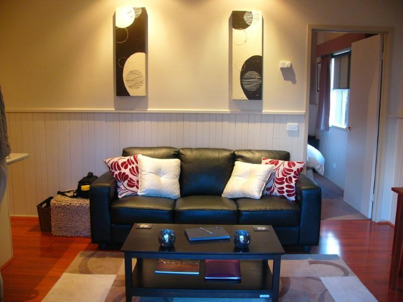 ambiance - Alpine Country Cottages: Studio Three - Mansfield - rentals