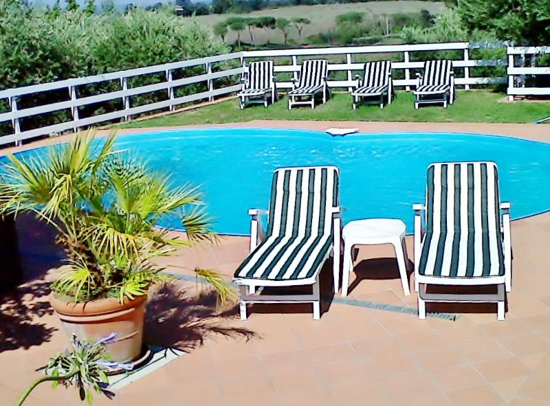 Villa in Vejo Park with private pool . - Image 1 - Rome - rentals