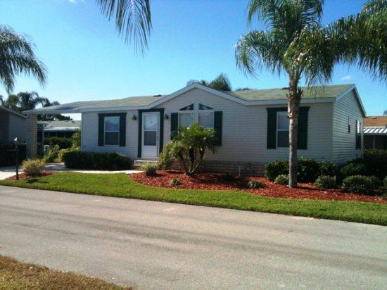 Welcome Home - 3 BR villa with huge screen patio close to disney - Davenport - rentals