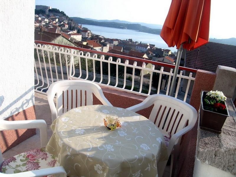 terrace - Apartment Madlena in Sibenik with sea view - Sibenik - rentals