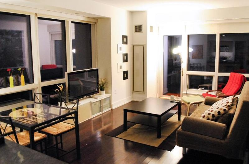 Living Room - Times Square 2min Luxury 1bed APT& Private Terrace - New York City - rentals