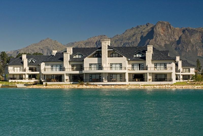 Pearl Golf Lodges - Image 1 - Franschhoek - rentals