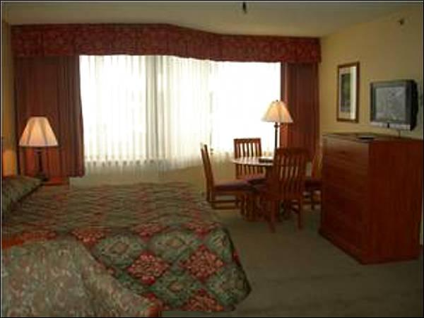 Suite Includes Two King Beds - Perfect for Two Couples - Easy Access to Downtown (1303) - Crested Butte - rentals