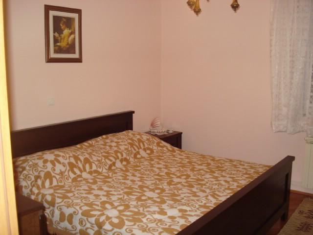 Apartments Miše - 37801-A2 - Image 1 - Okrug Gornji - rentals