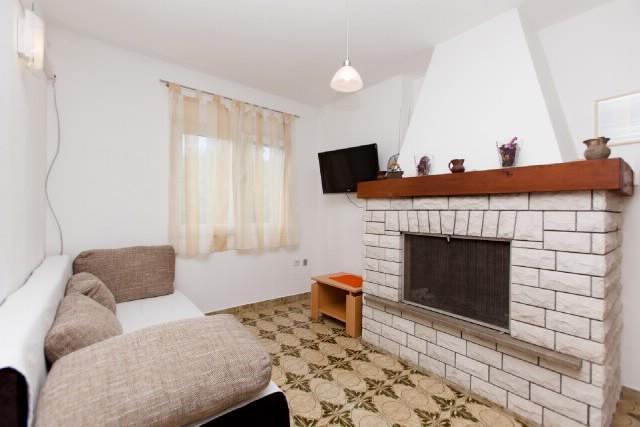 Apartment Diana - 43451-A1 - Image 1 - Okrug Gornji - rentals