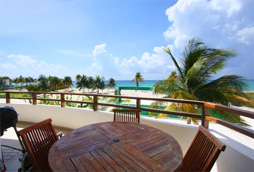 Alfresco dining on your private ocean view patio - Coco Beach Oceanview Luxury Beachfront Condo- Lolo - Playa del Carmen - rentals