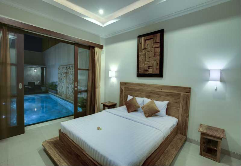 Guest room on ground floor - 3 Bedroom Pool Villa in Seminyak - Seminyak - rentals