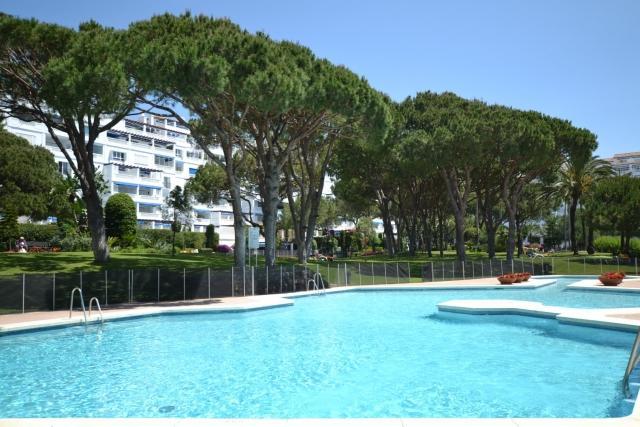 Playas Del Duque 3 Bed - Image 1 - Marbella - rentals