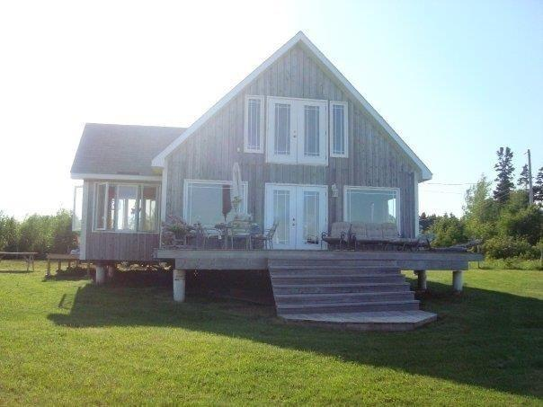 Beautiful Oceanfront Chalet - Image 1 - Nova Scotia - rentals
