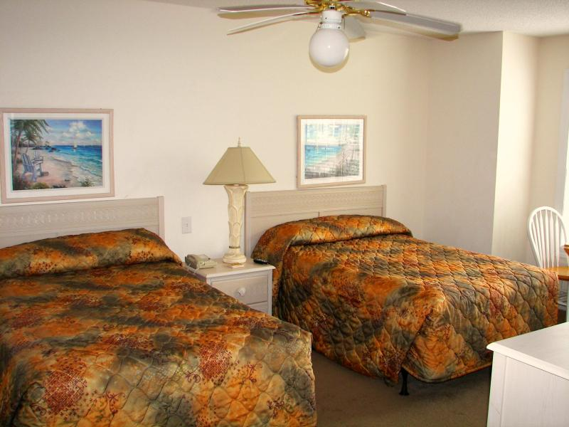 Ready for a relaxing vacation at Condo 105? - Image 1 - Calabash - rentals