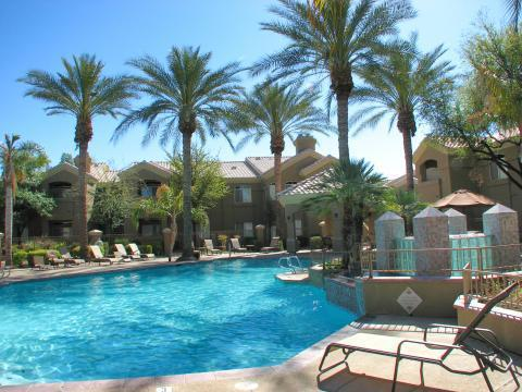 large heated swimming pool - 2BR Scottsdale/Paradise Valley Condo - Scottsdale - rentals