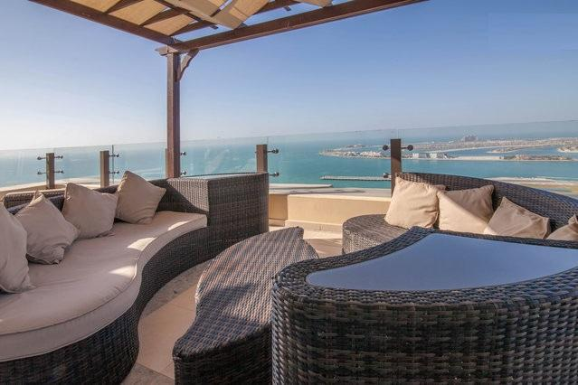 BEST TERRACE IN THE JBR BEACH WALK! FROM HERE DUBAI TV HAS RECORDED THE  FIREWORKS 2013-4! - Amazing penthouse heart of Jumeirah  Beach Walk up 8 GUEST - Dubai - rentals