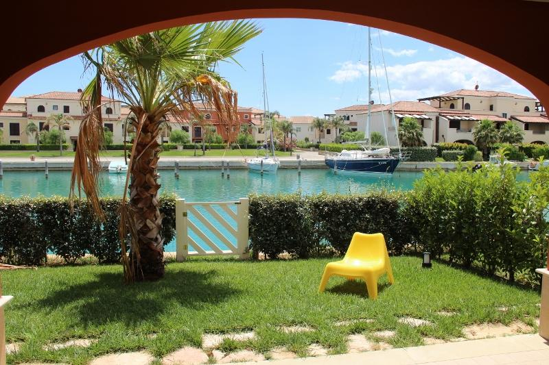 Private Garden - BeachHouse in LuxuryResort with garden and mooring - Policoro - rentals