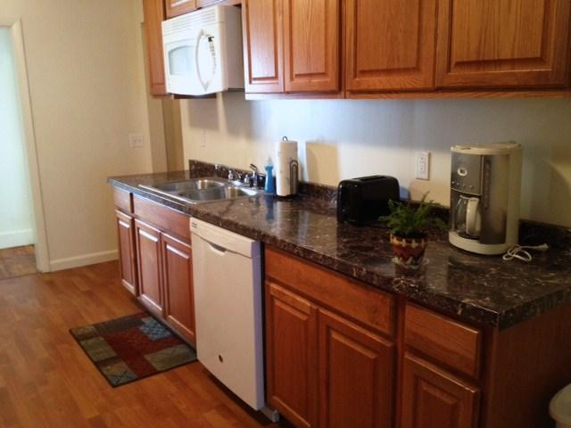 Light and Airy Kitchen - ACADIA PARKVIEW COTTAGE - Bar Harbor - rentals
