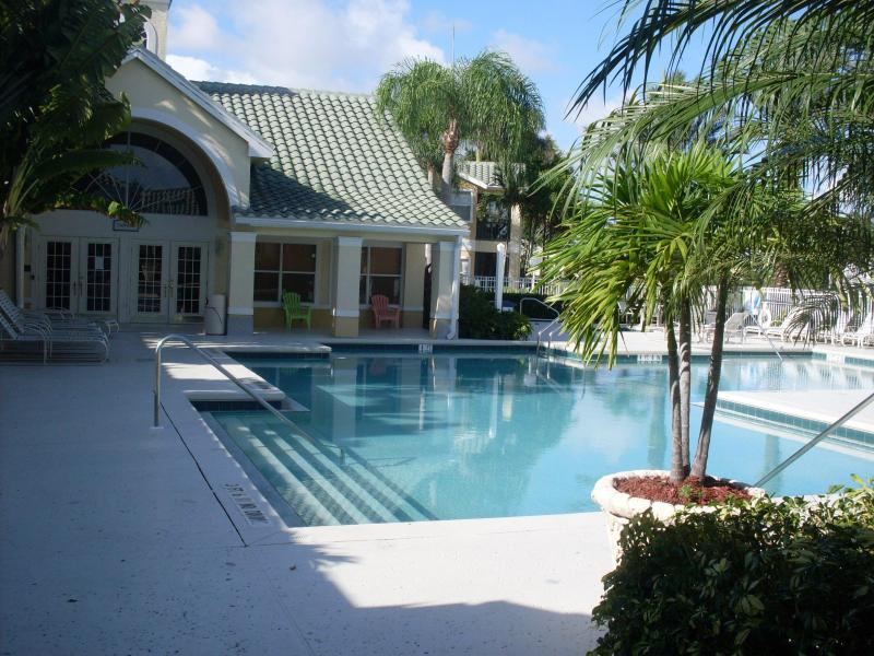 Community pool - Vacation Condo at Venetian Palms 1403 - Fort Myers - rentals