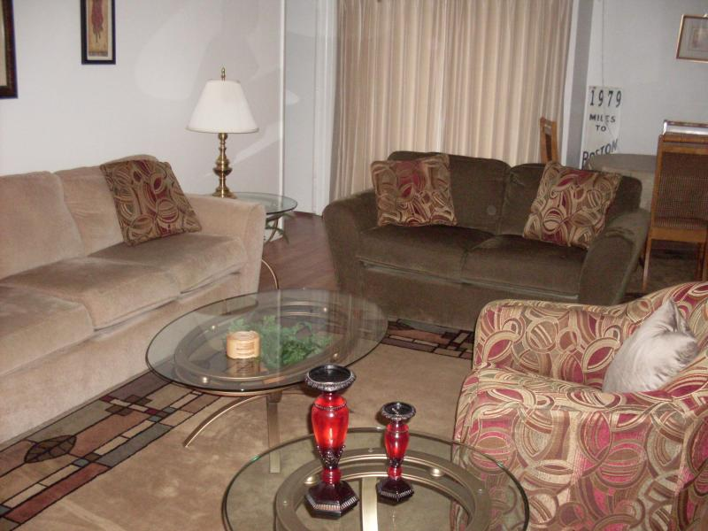 Living Room - Vacation Condo at Cross Creek - Fort Myers - rentals