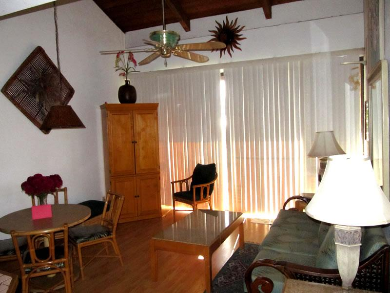 Open Living & Dining Area - entertainment center, attached lanai - 2-Bedroom Loft Oceanview Condo - Kihei - rentals