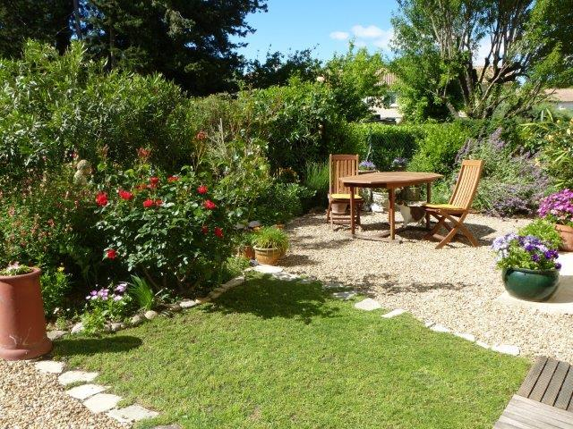 The garden - Rubbing shoulders with Provence and the Camargue - Gard - rentals