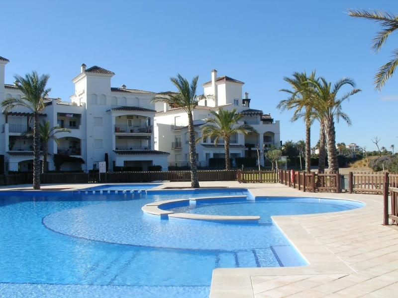 Penthouse seen from pool - Luxury penthouse on golf course - Torre-Pacheco - rentals