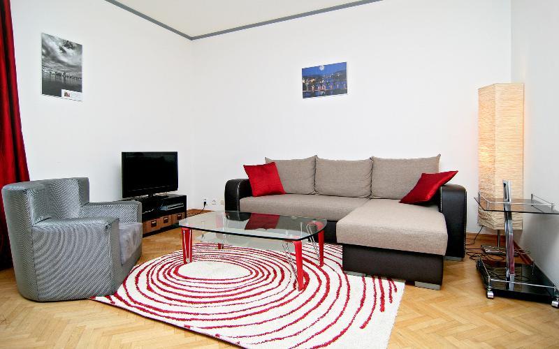 Twist 1 - Image 1 - Prague - rentals