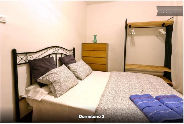 Massive threebedrooms   apartment feria area bcn - Image 1 - L'Hospitalet de Llobregat - rentals
