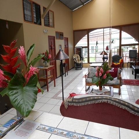 the great room - cozy house in la fortuna - La Fortuna de San Carlos - rentals