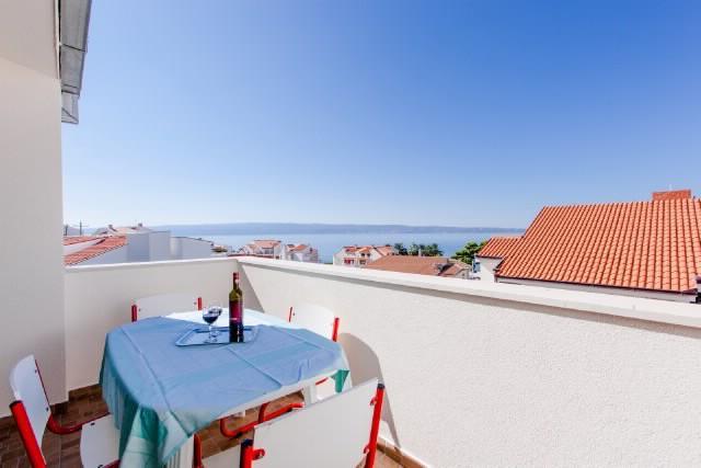 Apartments Marin - 43151-A1 - Image 1 - Podstrana - rentals