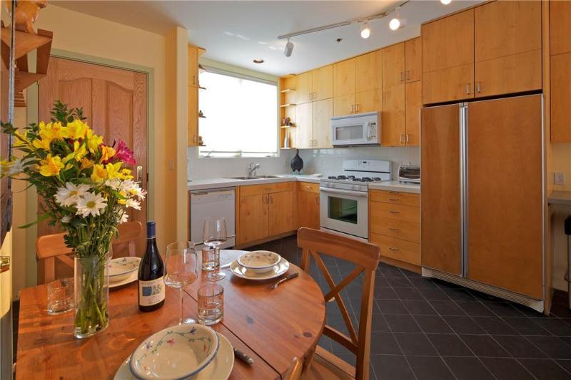 The Kitchen + Dining - SAN JUAN PENTHOUSE - Telluride - rentals