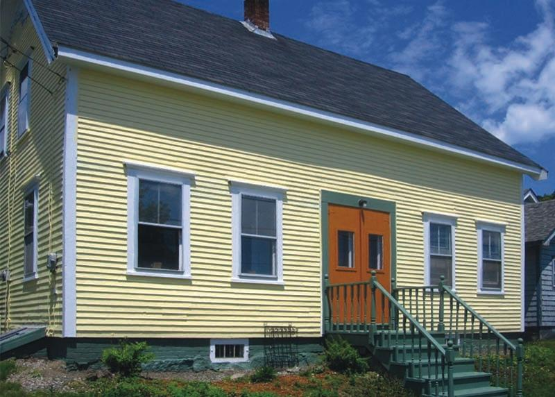 Front of Home with Signature Pumpkin Doors - Downtown Lubec - Walk to Beach, Restaurants, Shops - Lubec - rentals