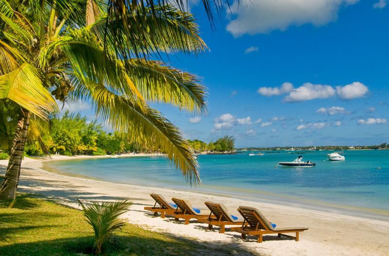 Our pristine beach. - Villa La Playa. Affordable, beach villa Grand Bay. - Grand Baie - rentals
